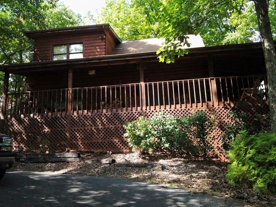 Shady Rest 2 Bedroom Log Cabin Front photo in Gatlinburg - Pigeon Forge Tennessee