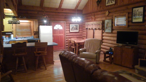 Tennessee Sunshine 3 Bedroom Log Cabin Kitchen photo in Gatlinburg - Pigeon Forge Tennessee